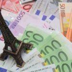 Падение цен на недвижимость и рекордно низкие ставки по кредитам значительно увеличили количество сделок по недвижимости во Франции.